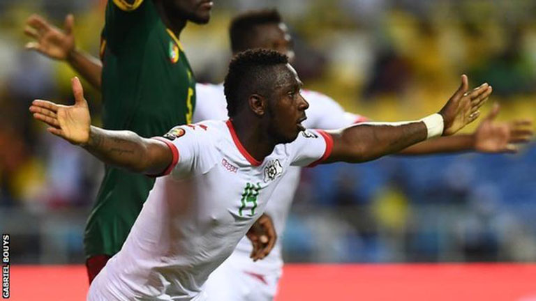 Issoufou Dayo celebrates after earning Burkina Faso a point