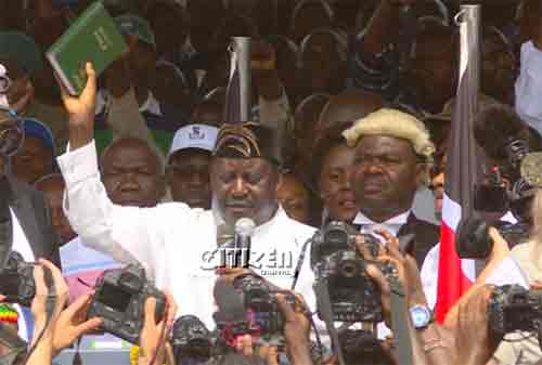 Raila Odinga sworn in as the people's president at Uhuru Park Grounds on January 30, 2018. Image credit: Citizen Digital.