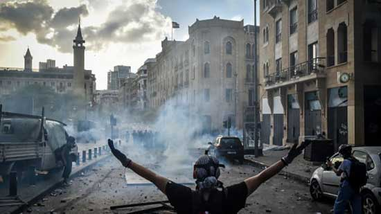 Lebanese call for an uprising after protests rock Beirut. Image credit - CNBC