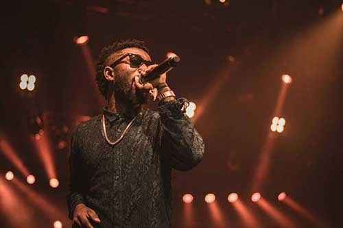 "Photos - Bisa Kdei entertains London at Mr Eazi's ""Life Is Eazi"" culture fest"