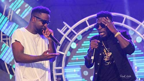 File image: Sarkodie (L) and Shatta Wale (R) perform together in this undated image.