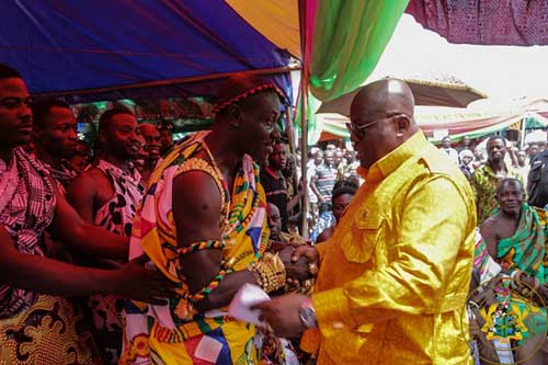 Chief of Sankore, Nana Ogyedom Appiah Kubi Pabo Katakye IV exchanging pleasantries with President Akufo-Addo