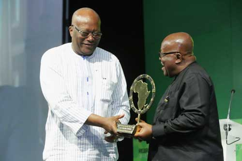 President Akufo-Addo receiving the award from President of Burkina Faso, Roch Marc Christian Kabore