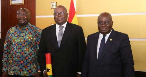 File image – Special Prosecutor Martin Amidu (C) after his swearing in ceremony by President Akufo-Addo (R) and VP Bawumia.