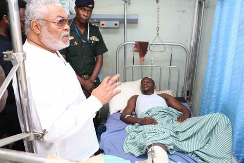 Flt Lt Rawlings makes a point during the visit to Yaro Ishawu at the 37 Hospital