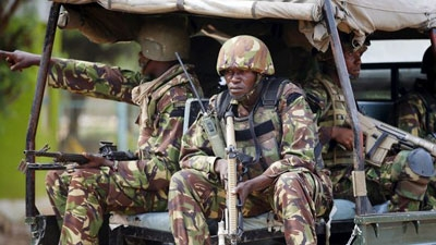 Kenyan soldiers respond to Al Shabaab militants on campus of Garissa