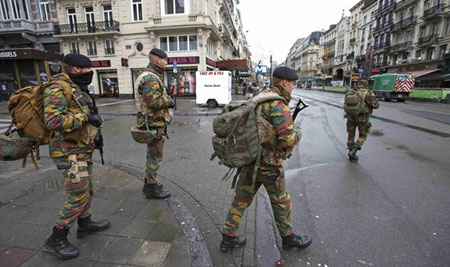Belgian soldiers patrol in central Brussels