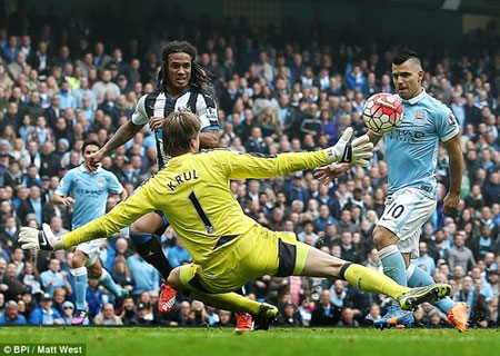 Aguero completed his hat-trick after racing on to a Kevin De Bruyne pass to lift the ball over Tim Krul