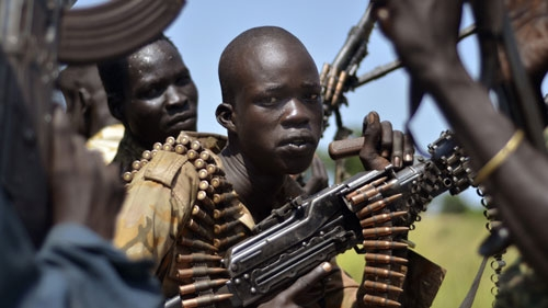 Scores dead, including civilians, as rival factions continue to clash in South Sudan