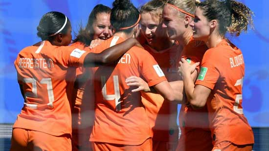 Netherlands book semi-final spot as set-pieces sink Italy